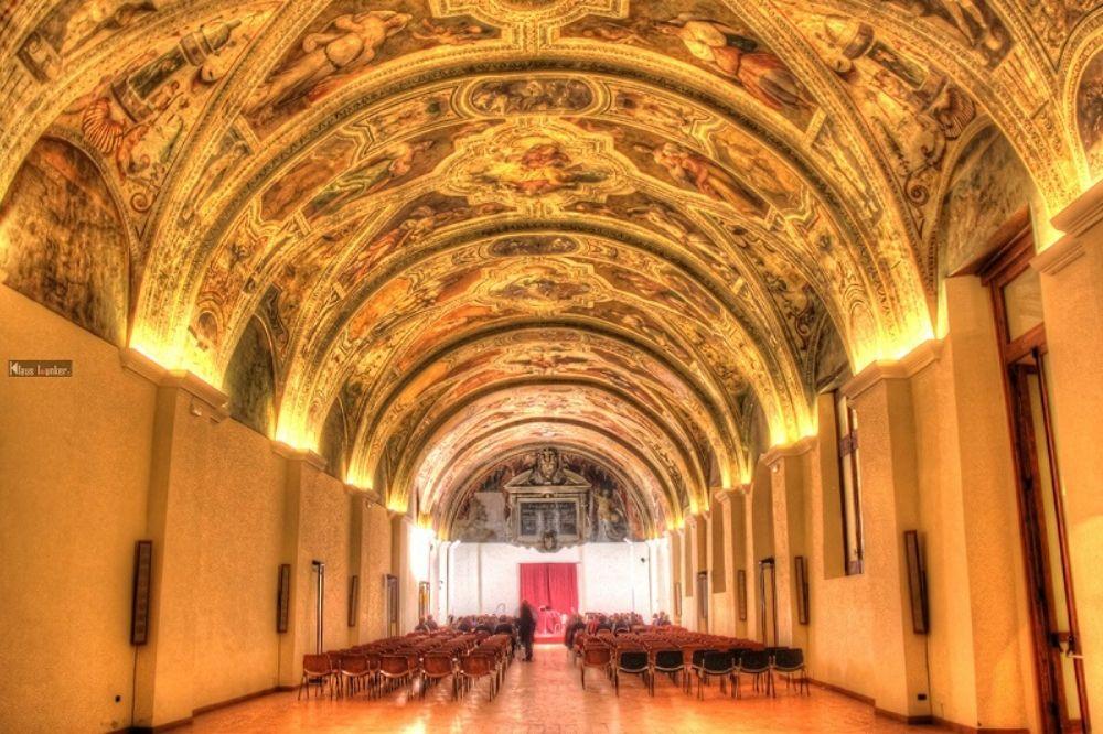 sala sisto V san lorenzo maggiore
