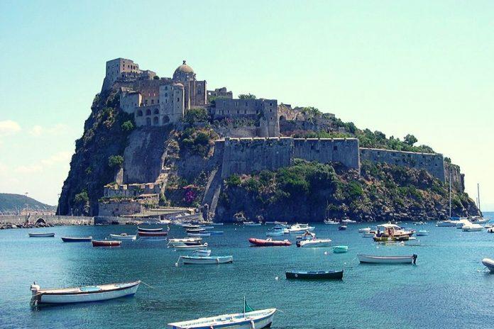 castello di baia napoli