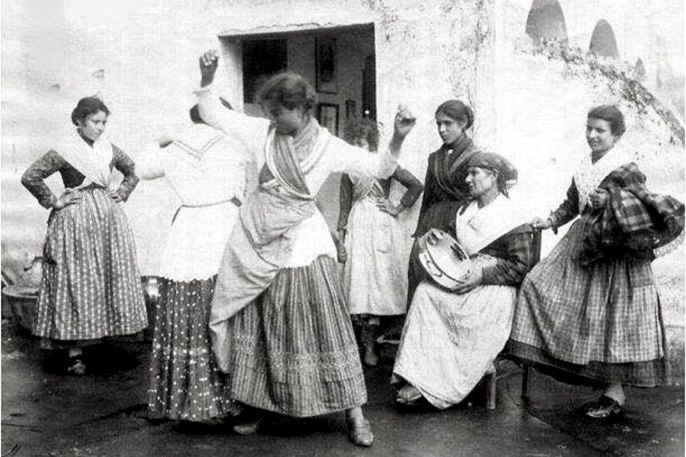 Tarantella napoletana: origini, arte e gestualità