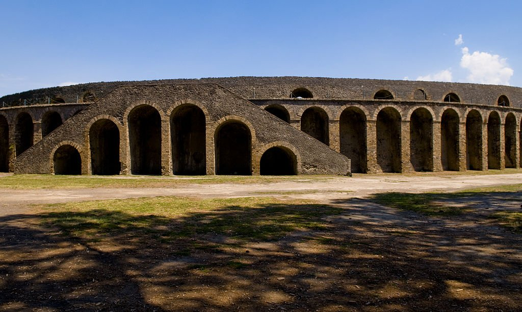 anfiteatro pompei foto